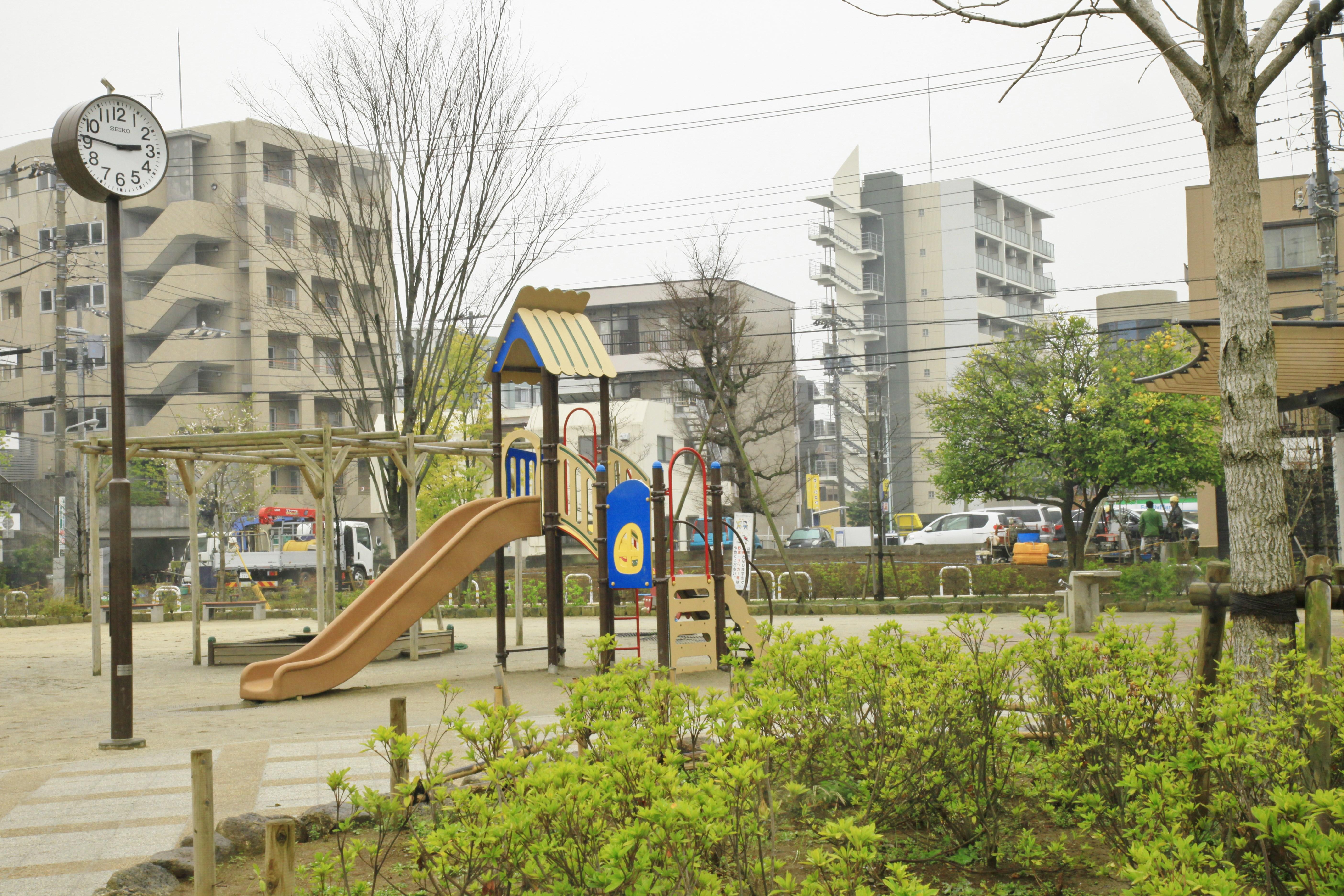 江戸川区仲町公園