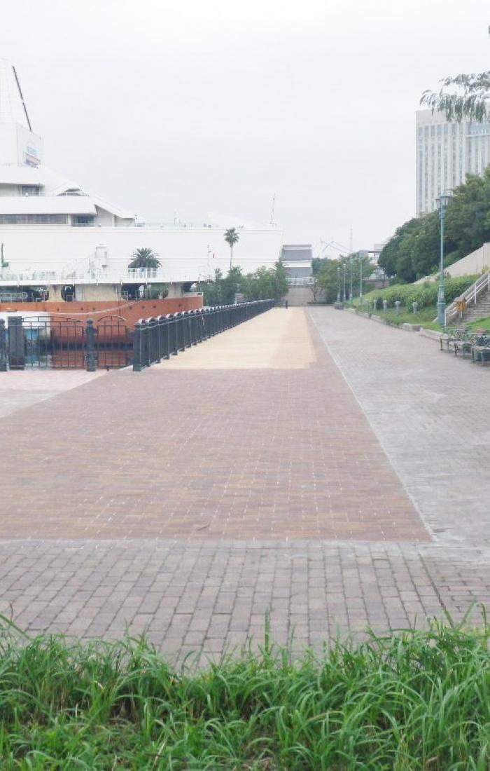 平成25年11月竣功 青海北ふ頭公園ほか1公園デッキ改修工事